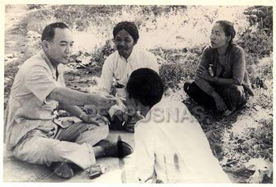 Info Berita Baru Terbaik: Presiden Soekarno dan keluarga mengadakan perjalan...