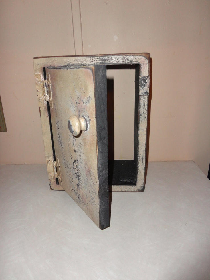 Primitive Door Bell Cover Thermostat Cover. $24.99 via Etsy. & 33 best Primitive Doors images on Pinterest | Country christmas ... pezcame.com