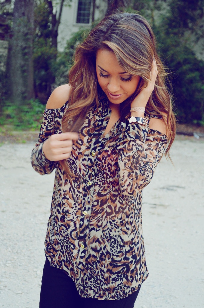 This is how I'm going to do my hair soon!! Love the highlights/ombre look!!