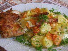 Recepty - Celkově.cz - foto - Teplý bramborový salát se zeleninou a kuřetem