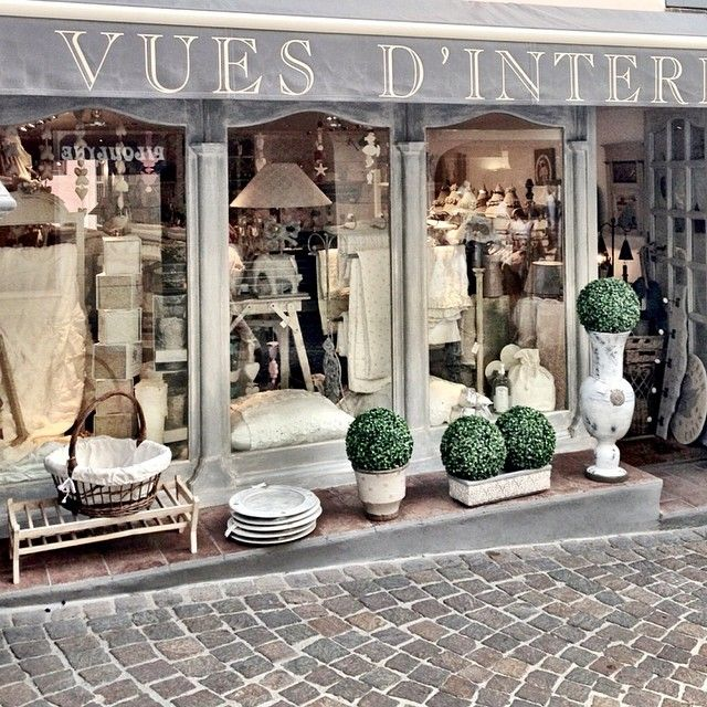 Having a great vacation in south of France. Love the little shops ♡