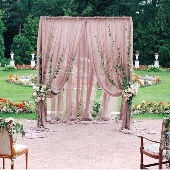 Купить или заказать Стильная свадебная арка для выездной регистрации в пудровом цвете в интернет-магазине на Ярмарке Мастеров. Свадебное оформление арки пудровой тканью, зеленью и цветами. За счет благородного пудрового оттенка ткани, свадебная арка выглядит очень стильно и современно! Лаконичный дизайн свадебной арки придаст Вашему торжеству особый шик и очарование. Цвет ткани можно менять по Вашему желанию. Возможно сделать все оформление свадьбы в таком же стиле. Цена указана без…