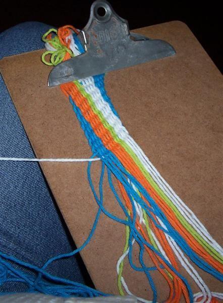finger weave clip board