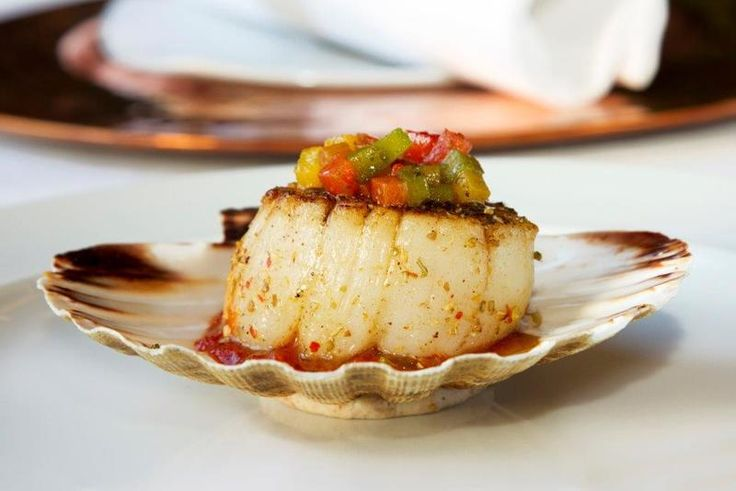 Grilled scallops with tomato chutney and roasted peppers recipe by professional chef Peter Joseph
