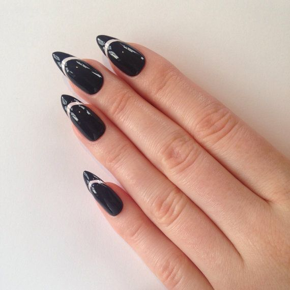 Kyllie Jenner nailsEtsy listing at https://www.etsy.com/listing/212843395/kylie-jenner-press-on-stiletto-nails