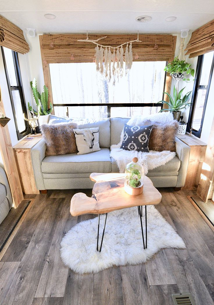 Tour this travel trailer renovated with Southwestern vibes ...