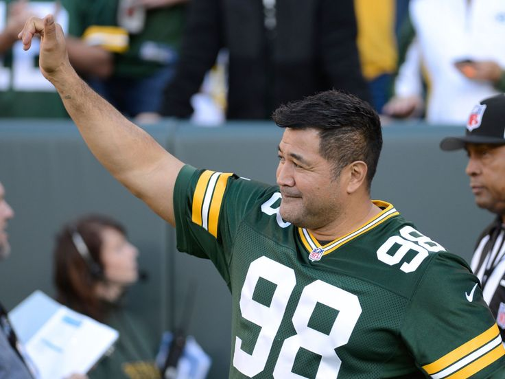gay green bay packers player 2011