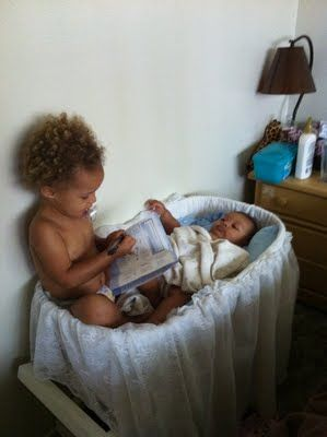 Got to begin reading at a young age.Young How Sweets, Young Age, Books Th Young, Booksth Young, Young Reader