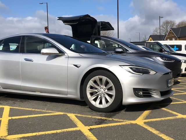 The Tesla Model S Hatchback 449kw 100kwh Dual Motor 5dr Auto Electric Car Leasing Deal Tesla Tesla Model S