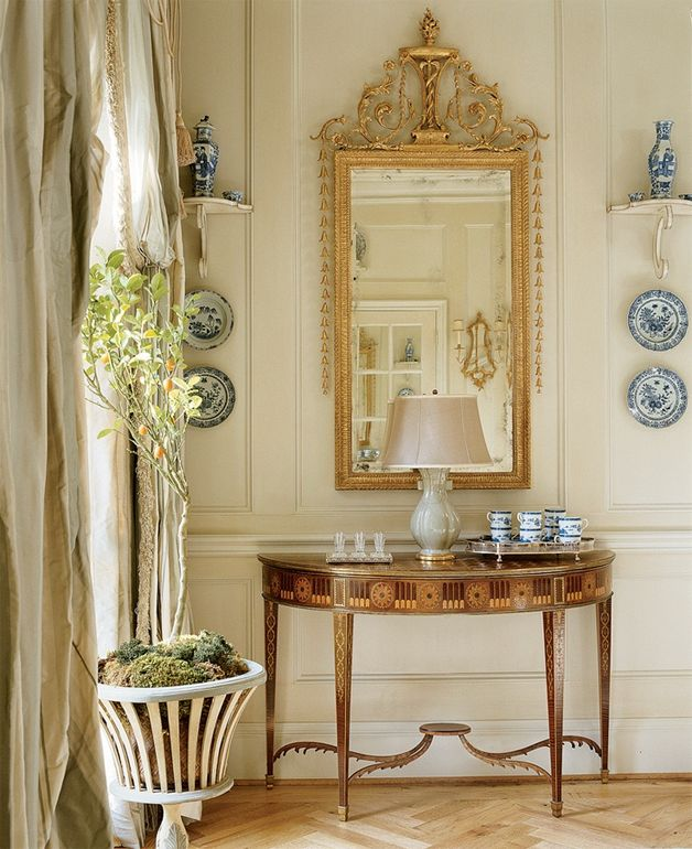 The Pink Pagoda: Blue and White Monday with Cathy Kincaid Interiors