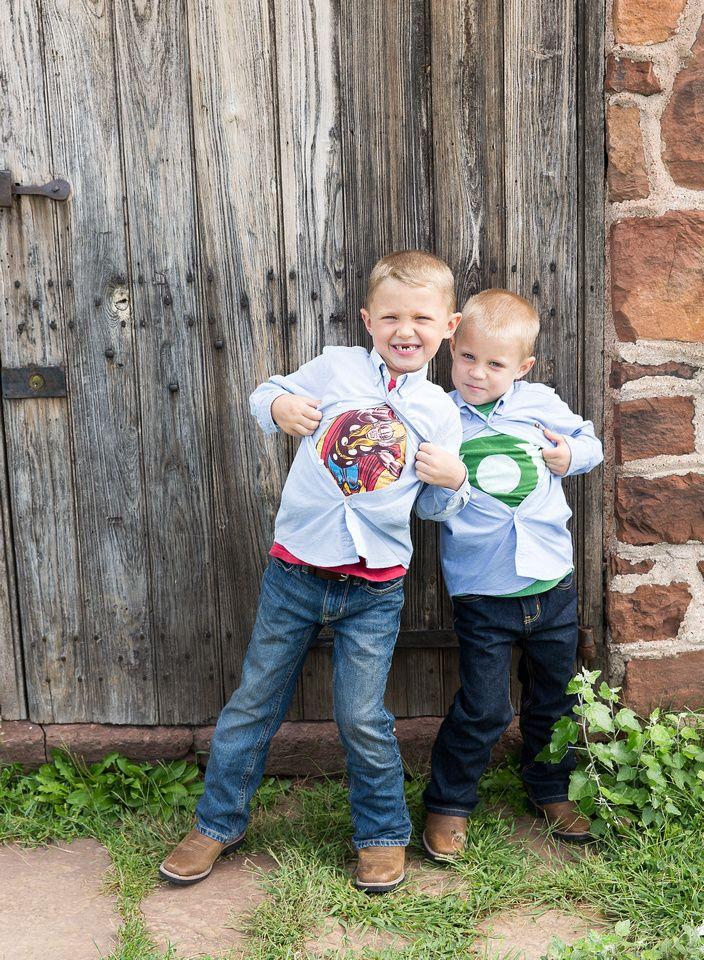Donna Young Photography | Children Brothers, siblings, superhero, wooden door, battlefield, Manassas Va, portrait photography, outdoor, natural light