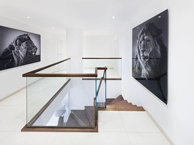 die besten 25 holzhandlauf ideen auf pinterest handlauf handlauf treppe und wandmontierter. Black Bedroom Furniture Sets. Home Design Ideas