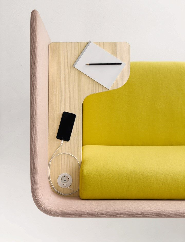 Lavoro E Relax Convivono In Armonia Coworking Furniture Furniture Design