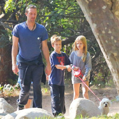 chris martin and moses images 2016 | Chris Martin Steps Out With Kids Apple and Moses—See the Cute Pic ...