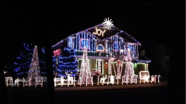 One Christmas light show in Meridian, Idaho puts all others to shame, with its not-so-traditional take on festive decorations.