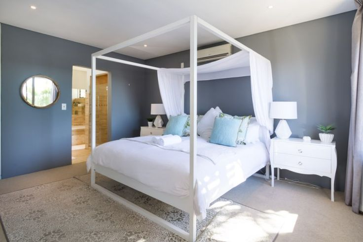 4 Bedroomed house for sale in Green Point - Spacious lock up & go  http://www.jawitz.co.za/property/119385