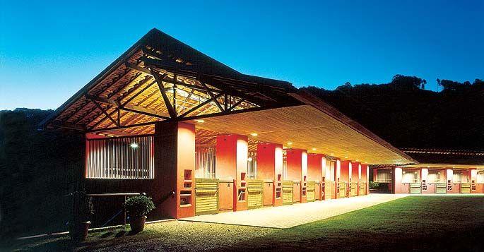Equestrian centre, Brazil by Mauro Munhoz Arquitetos Associados