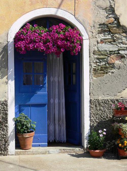 Skyros ~ Spring ambience Greece