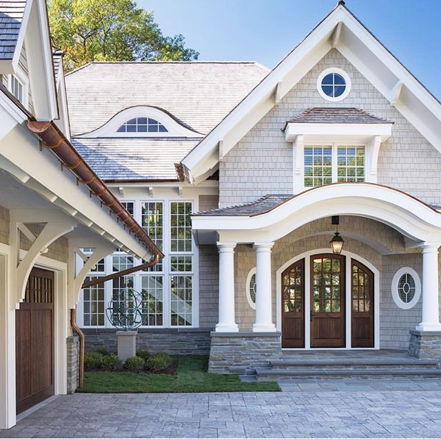 2019 Paint Color Trends And Forecasts Lake Houses Exterior House Exterior House Designs Exterior