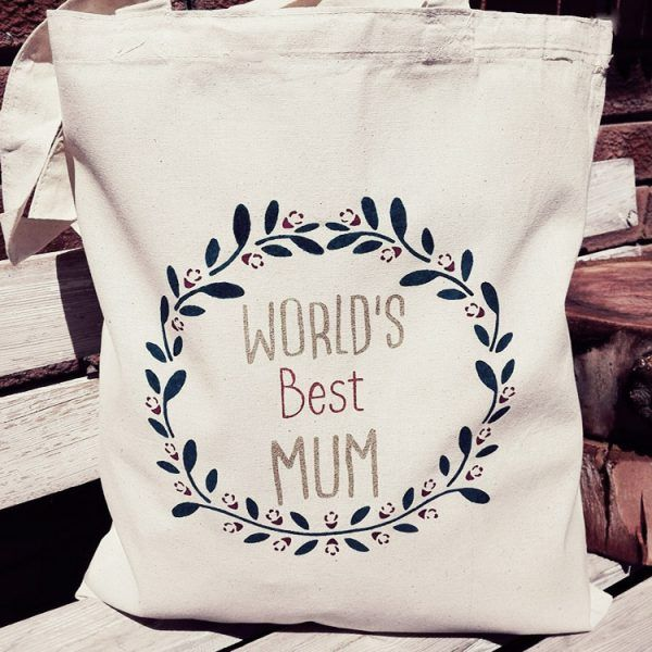 Worlds Best Mom Tote Bags