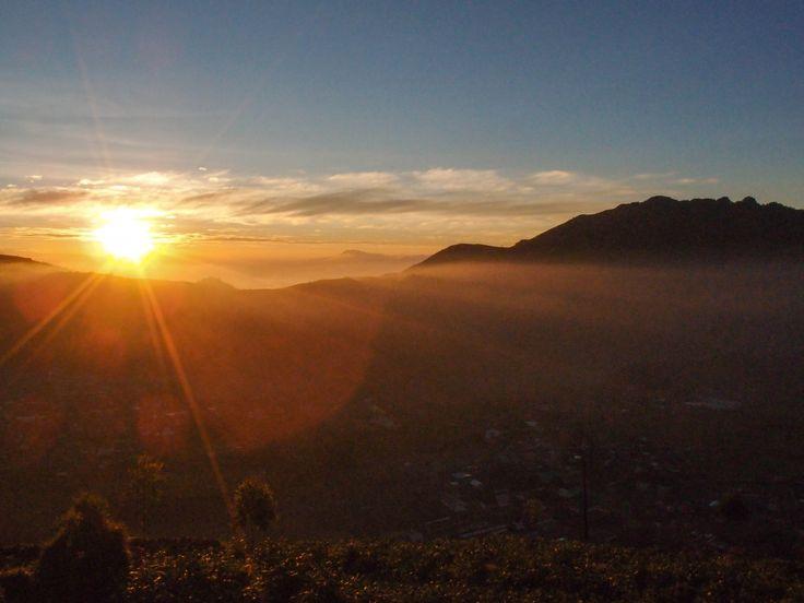 Catatan Perjalanan ke Dieng Wonosobo, Pendakian Gunung Prau dan Keliling Wisata Dieng Indonesia