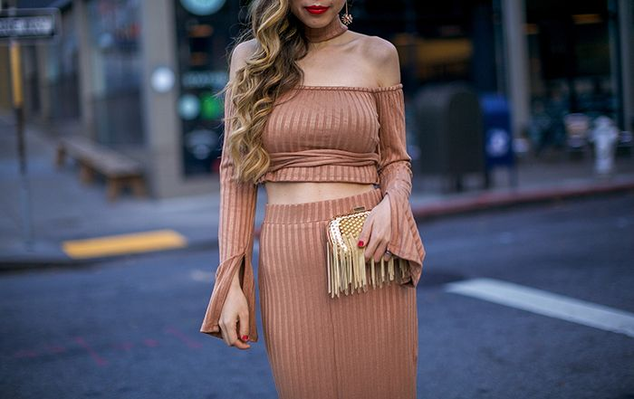 http://www.shallwesasa.com/2016/11/holiday-party-outfit-pre-black-friday-sales.html