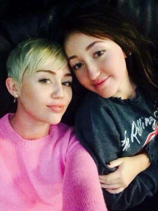 Mily and sis