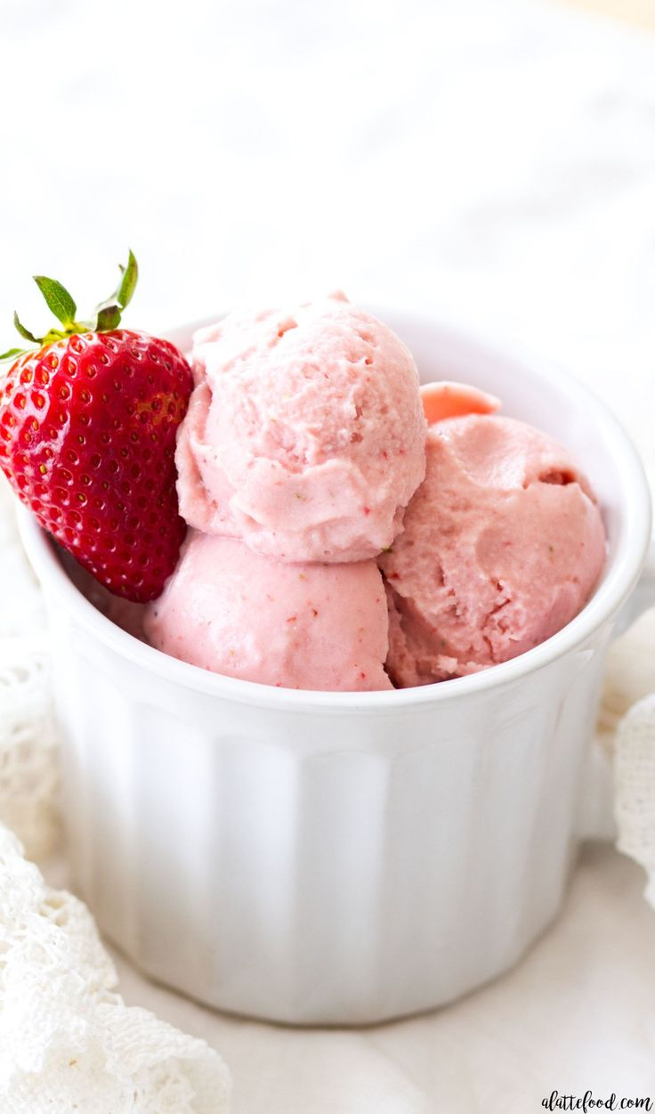 This homemade Strawberry Buttermilk Ice Cream is made with 6-ingredients! This easy strawberry ice cream recipe is smooth, creamy, and the perfect summer dessert!:
