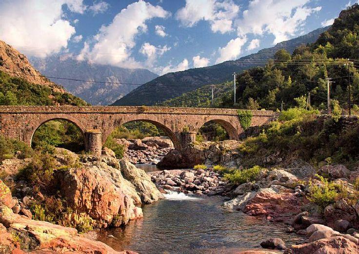 Corsica - Ponts Genois - Galeria Manso Fango (Haute-Corse - Balagna) Pont de Manso, des cinq arcades sur la riviere Fango