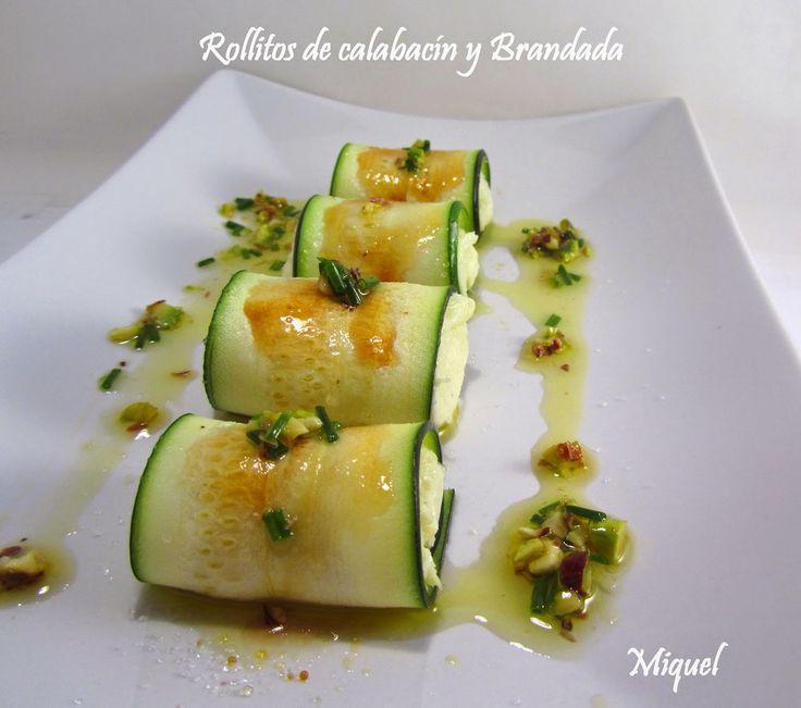 Ingredientes 4 personas:   2 calabacines de tamaños pequeños y muy tiernos   3 cucharadas soperas de Aceite de oliva virgen extra suave...