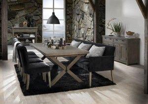 Mehr Komfort im Esszimmer: Sofa und Sessel am Tisch - Pharao24 Magazin
