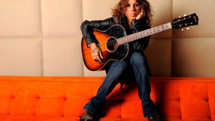 Linda Perry - Behind The Music