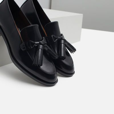 Image 4 of LEATHER LOAFERS WITH TASSELS from Zara