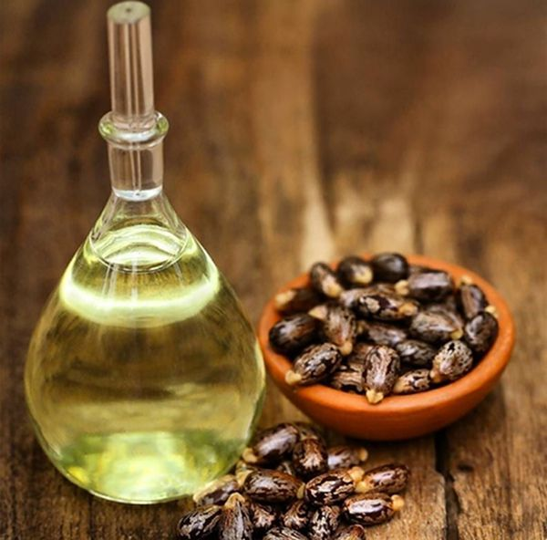 Ten olej pomoże Ci w mgnieniu oka pozbyć się zmarszczek z twarzy, a rzęsy staną się długie i gęste!