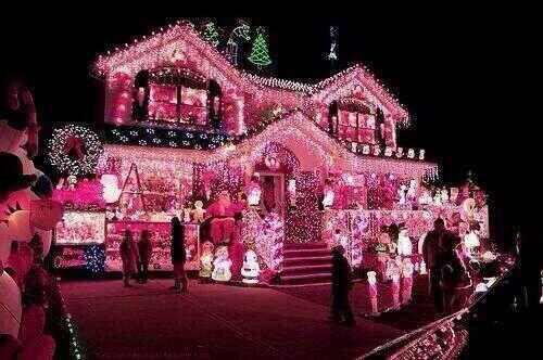 Pink Christmas ✿⊱╮                                                                                                                                                                                 More
