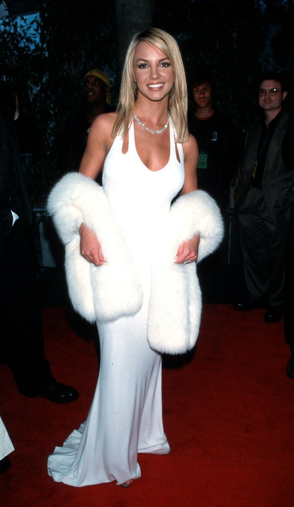 Britney Spears rocked this crazy all-white outfit on the red carpet back in 2000.