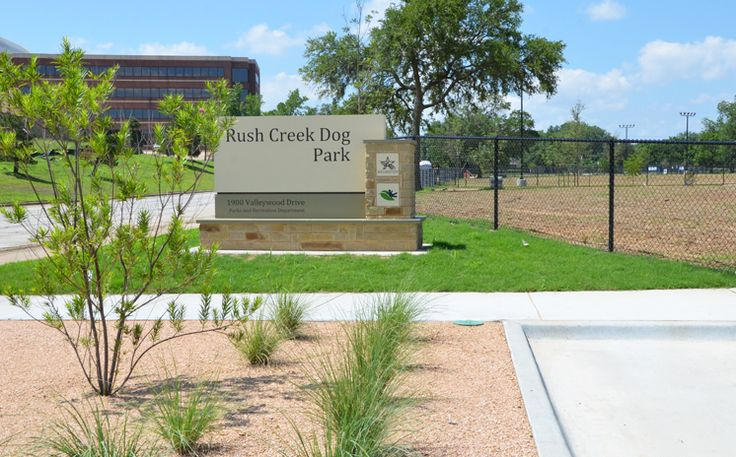 The Rush Creek Dog Park is set to open in Arlington, Texas on Sept. 9, 2017.The 7-acre public dog park is located at 1900 Valleywood Drive off West Pioneer Parkway near Green Oaks Boulevard. Learn more: http://www.arlington-tx.gov/news/2017/07/05/rush-creek-dog-park-set-open-september-9/