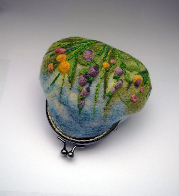 Felted Wool Coin Purse Kiss Lock Felt Small Bag by LifeandWool