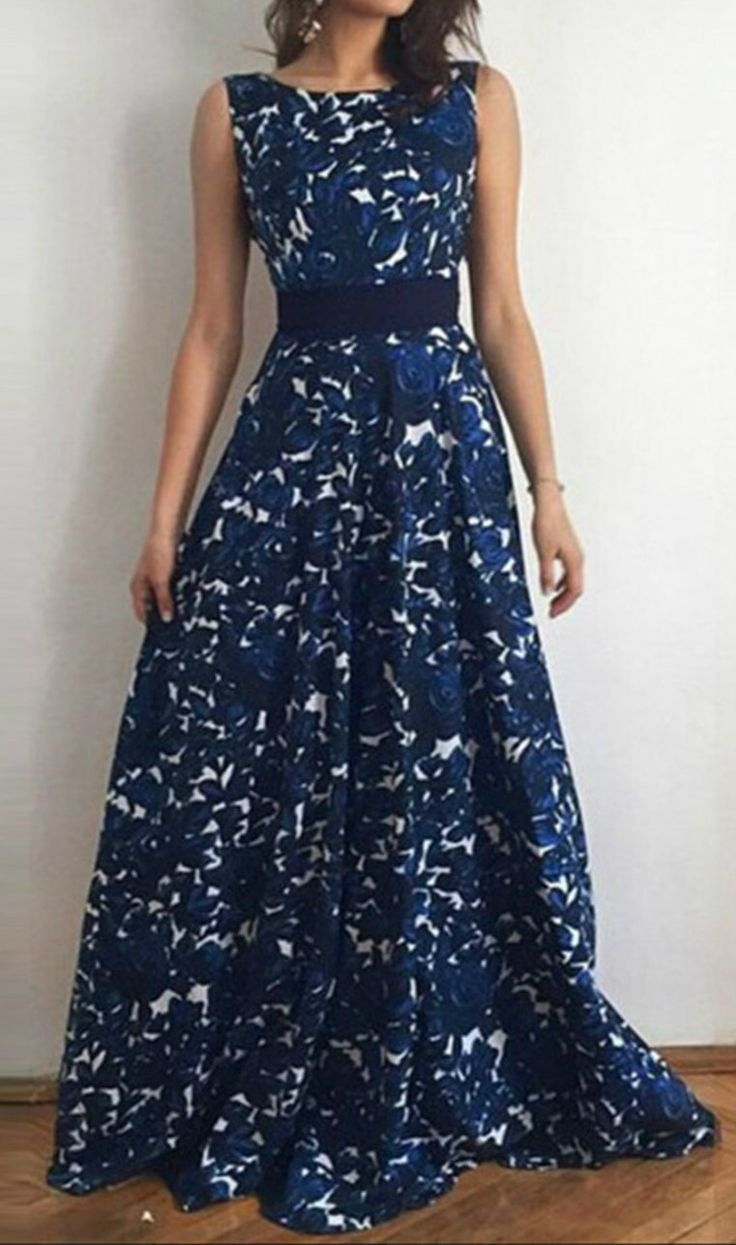 Sleevelss Floral Print Maxi Dress