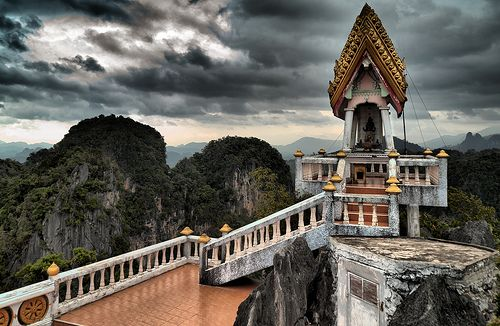 Tiger Cave Temple, Wat Tham Sua, Krabi Thailand
