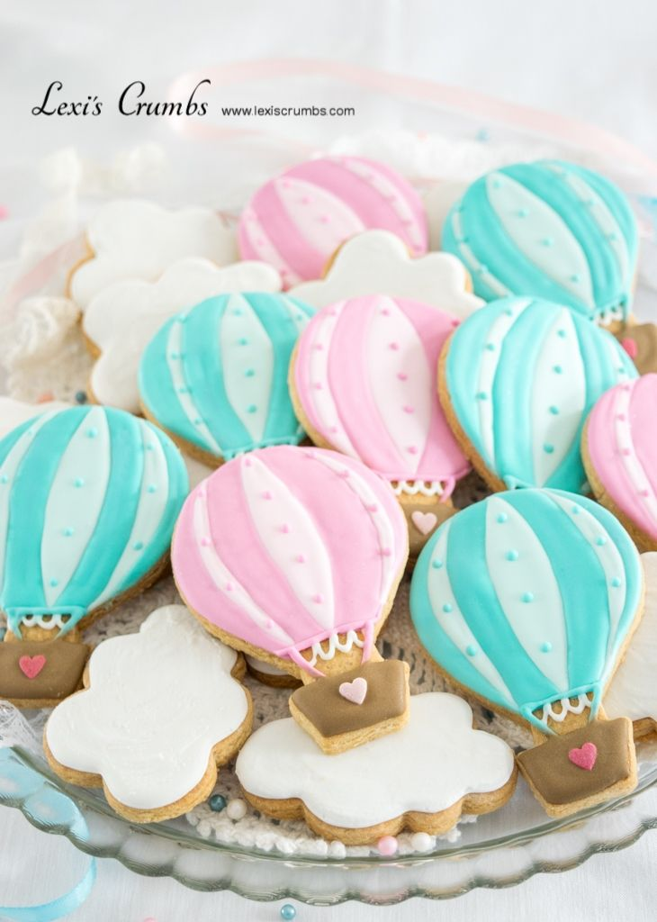 Hot air balloon iced biscuits www.lexiscrumbs.com