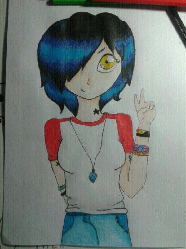 Um desenho que eu fiz: Minha oc, Camille :3
