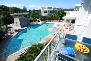 Coolum at the Beach Located opposite Coolum Beach, boasts 4 swimming pools, a fitness centre and a poolside BBQ area.