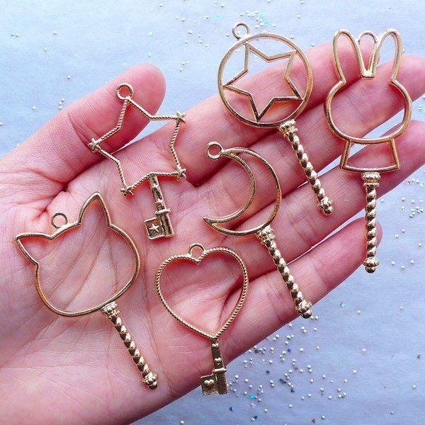 Key Open Bezel Pendant | Magic Wand Open Bezel Charm | Blank Charms for Kawaii UV Resin Crafts | Magical Girl Jewelry (6pcs / Gold)