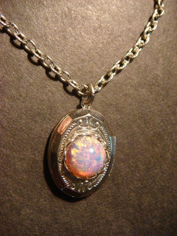 Tiny Fire Opal Locket Necklace - (545) | Opalas De Fogo, Colar De ... br.pinterest.com570 × 760Search by image Tiny Fire Opal Locket Necklace - (545) | Opalas De Fogo, Colar De ...