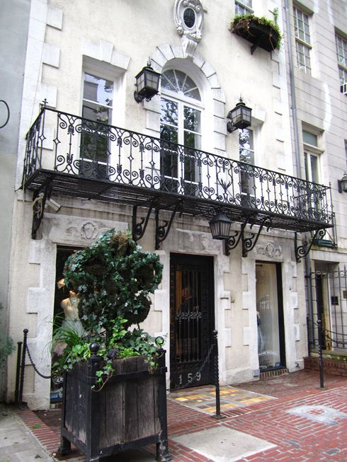 25 best ideas about upper east side on pinterest east for Upper east side homes