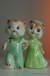 These are so similar to a pair of anthropomorphic owl S&P shakers I have, in fancy dress, with hats and carrying an umbrella and a book.  soft colors like these, in blues and greens.  Still trying to find the maker, or the approximate age.