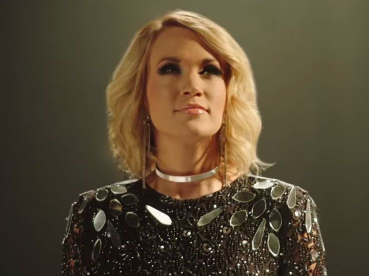 "[Quickly] Watch Carrie Underwood's ""Oh, Sunday Night"" Teaser for ""Sunday Night Football"""