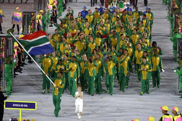 world 400m champion Wayde van Niekerk leads the South African team at the Rio 2016 Olympic Games opening ceremony (Getty Images)