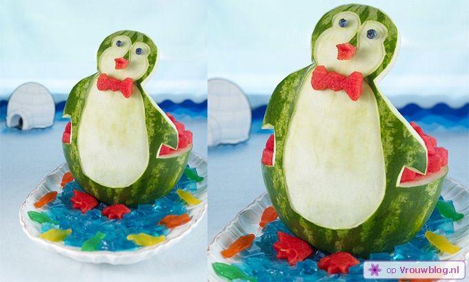 10 leuke manieren om watermeloen te serveren -  Tijdens de zomer smaakt niets lekkerder dan een hap zoete watermeloen. Natuurlijk kun je deze vrucht gewoon in partjes snijden, maar de volgende 10 manieren om watermeloen te serveren zijn veel leuker.    Minion  Fans van de film …
